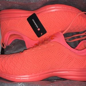 APL Lululemon Techloom Phantom Wmns 10.5